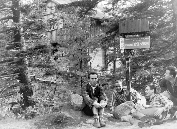 Domek Myśliwski – pierwsze schronisko studenckie w Sudetach (VII-1964)